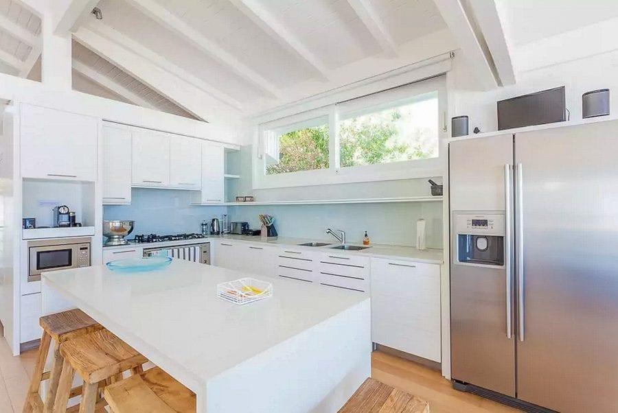 3-glen-beach-vilas-luxury-accommodation-rentals13
