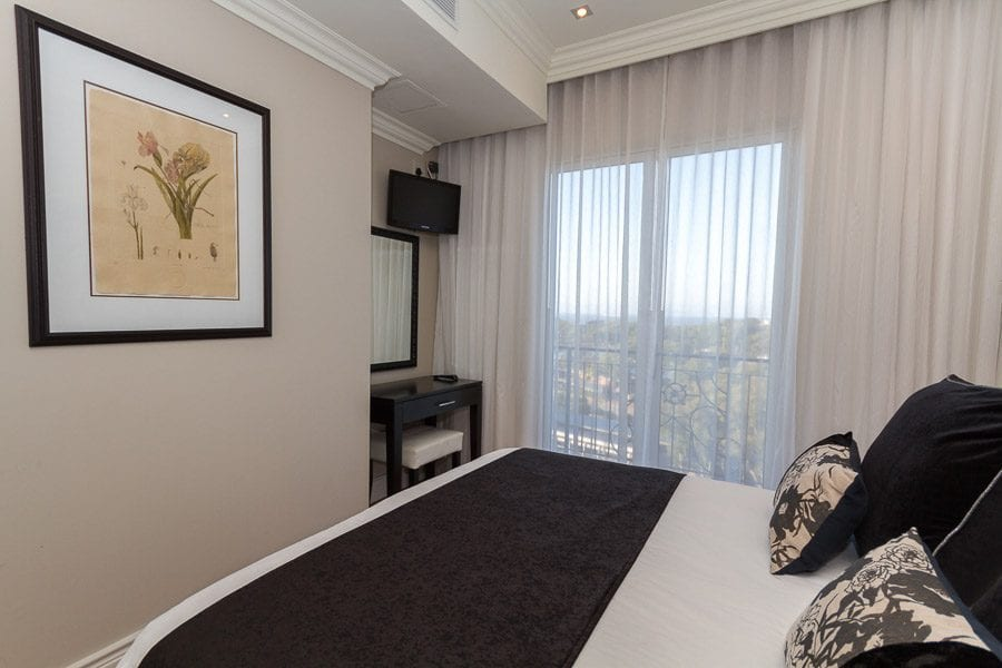 706-cape-royale-greenpoint-holiday-apartments-luxury-accommodation-15-of-34