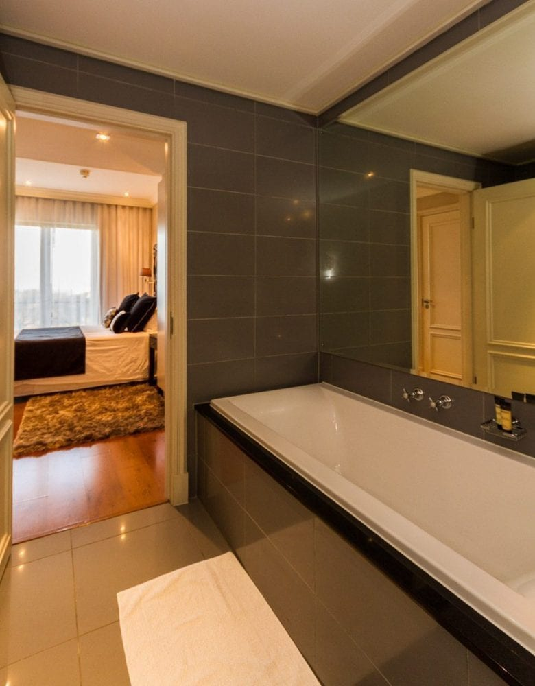 706-cape-royale-greenpoint-holiday-apartments-luxury-accommodation-19-of-34