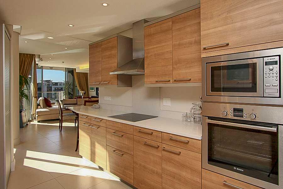 kylemore-410-va-waterfront-holiday-apartments-luxury-accommodation-14-of-15