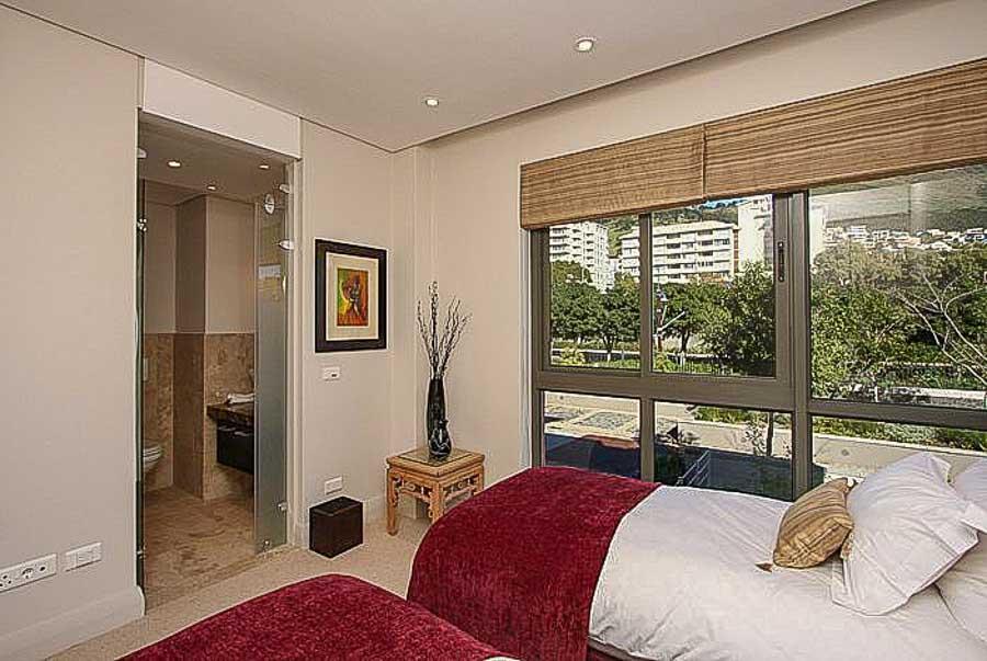 kylemore-410-va-waterfront-holiday-apartments-luxury-accommodation-5-of-15