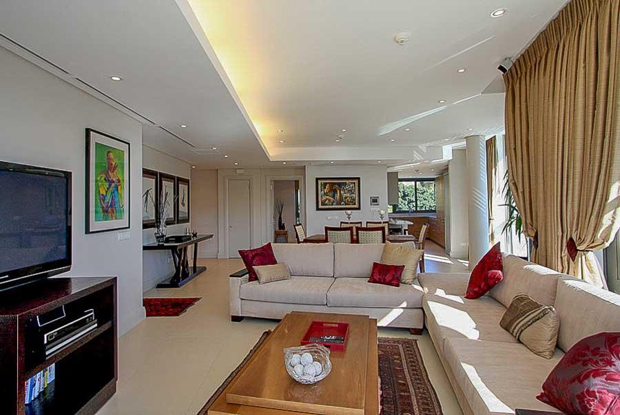 kylemore-410-va-waterfront-holiday-apartments-luxury-accommodation-8-of-15