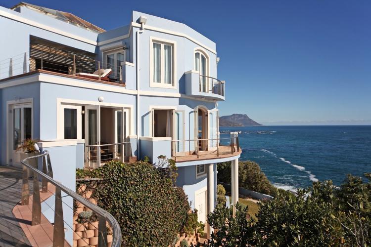 63-Victoria-Road-bantry-bay-holiday-villas-luxury-accommodation24