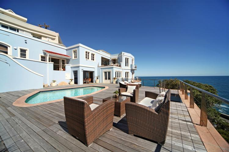 63-Victoria-Road-bantry-bay-holiday-villas-luxury-accommodation