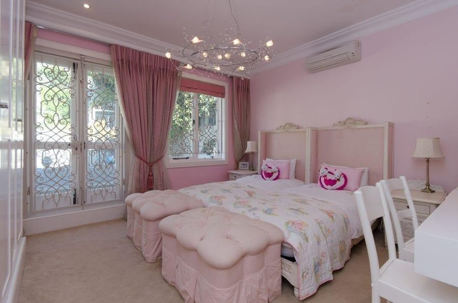 1 Ravine Street Bantry Bay Holiday Villas Luxury Accommodation (34 of 35)