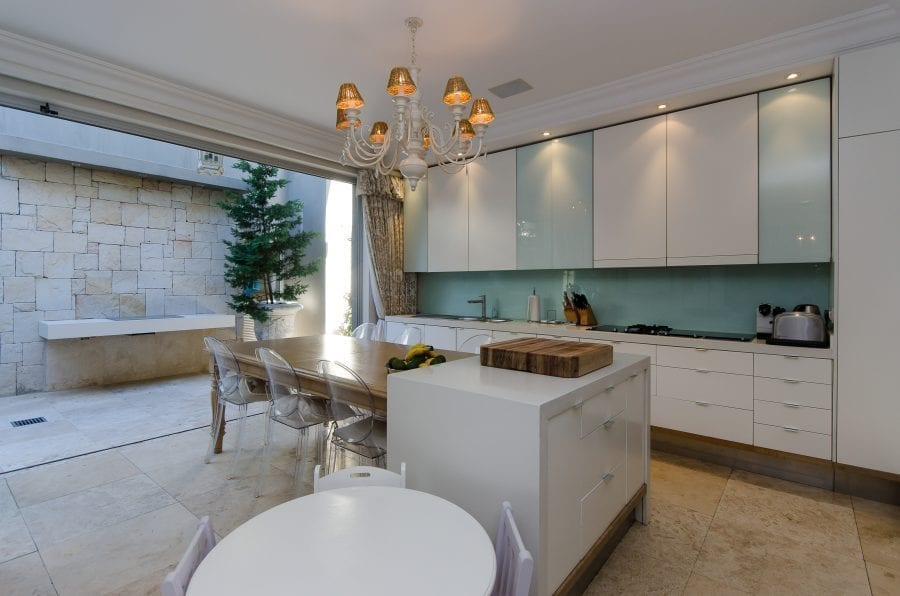 1 Ravine Street Bantry Bay Holiday Villas Luxury Accommodation (7 of 35)