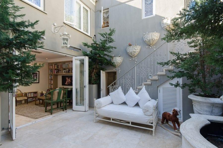 1 Ravine Street Bantry Bay Holiday Villas Luxury Accommodation (8 of 35)