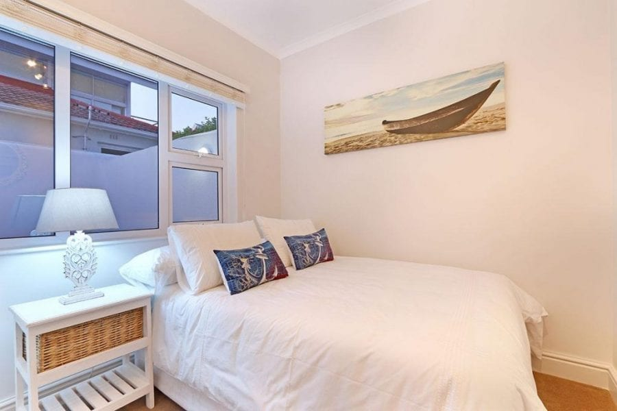 13 The Meadway Camps Bay Beach Apartment14