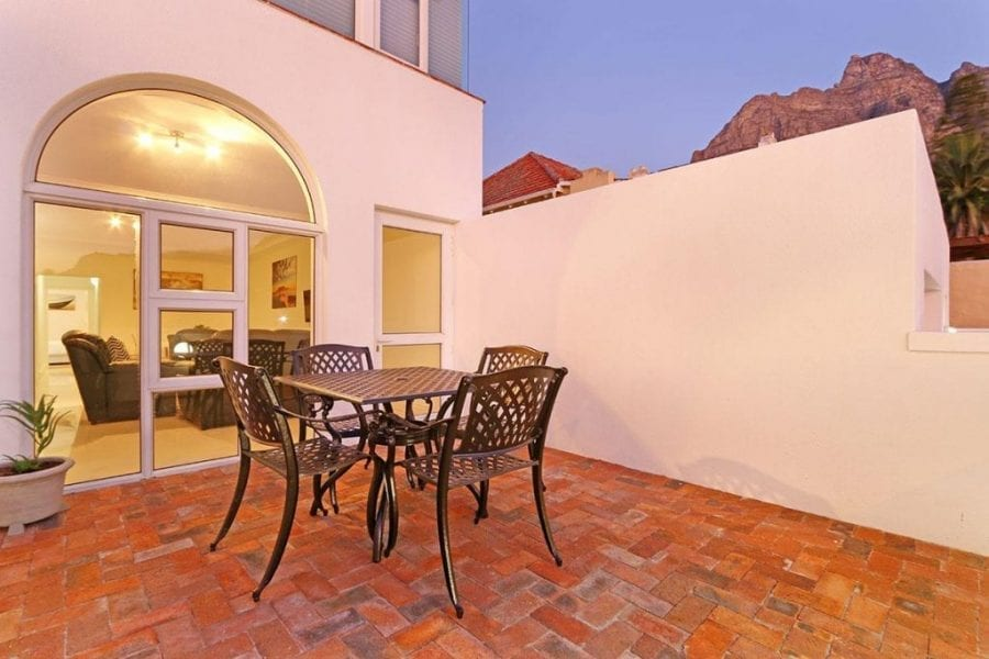 13 The Meadway Camps Bay Beach Apartment4